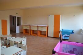 Ce lucrări s-au făcut şi ce investiţii sunt încă în desfăşurare, la creşele, grădiniţele şi şcolile din Oradea