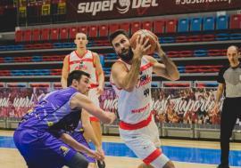 CSM CSU Oradea a câştigat cu 77-67 restanţa din deplasare cu SCM Timişoara
