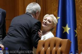 """Criza politică: Dăncilă merge mai departe, fără ALDE. Iohannis se va """"exprima"""" abia miercuri"""