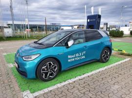 Eşti pasionat de maşini electrice? D&C Oradea te invită să testezi noul Volkswagen ID. 3 1ST!