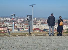 Un telescop amplasat ilegal în vârful dealului Ciuperca a fost dezafectat de Poliția Locală Oradea (FOTO / VIDEO)