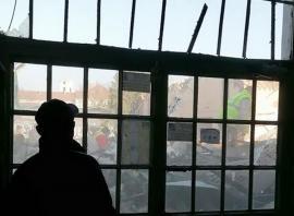 Orădenii reclamă: Dezafectarea Pieței Cetate se face cu clienţii înăuntru (FOTO / VIDEO)