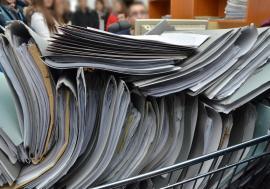 Procurorii sunt obligaţi să încunoştinţeze acuzaţii, pentru a evita prescrierea faptelor