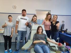 Donează sânge, fii erou! Studenţii de la Medicină îi îndeamnă pe bihoreni să-i ajute pe bolnavi
