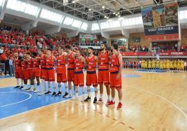 Echipa de baschet CSM CSU Oradea va debuta în noua ediţie de campionat la Bucureşti, cu Steaua