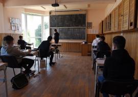 Prima probă a Bac-ului de toamnă, fără incidente în Bihor. 87 de candidați nu s-au prezentat