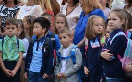 Calendarul înscrierii în clasa pregătitoare: 4 martie, prima zi în care părinţii pot depune cererile