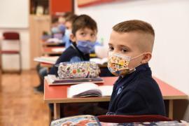 Începe înscrierea în clasa pregătitoare. Câte locuri vor avea disponibile şcolile din Bihor