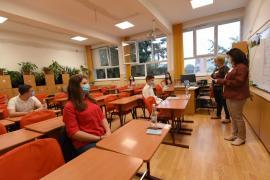 A început Evaluarea Naţională. Şase elevi din Bihor nu pot participa, fiind în izolare la domiciliu (FOTO)