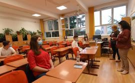 Elevii din clasa a VIII-a simulează Evaluarea Naţională. În Bihor sunt peste 4.200 de candidaţi