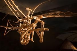 'Maşinile' lui Leonardo da Vinci vor fi expuse, de sâmbătă, la Muzeul Ţării Crişurilor