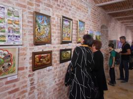 Expoziţia Naţională de Artă Naivă a fost vernisată la Muzeul Ţării Crişurilor din Oradea (FOTO)