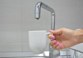 Locuitorii din Husasău de Criș rămân fără apă 8 ore pe zi, de joi până sâmbătă