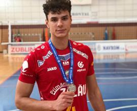 Voleibalistul orădean George Breban a devenit vicecampion naţional cu SCM Zalău