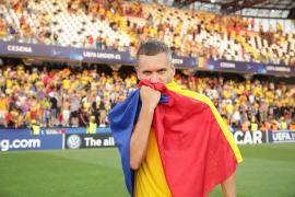 Din Anglia, fotbalistul orădean George Puşcaş le cere românilor să stea în case: 'Vom trece şi peste asta'