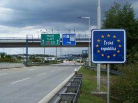 Călătorești în Cehia? România a fost inclusă pe lista roşie, din cauza numărului mare de infectări cu Covid-19