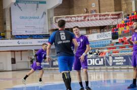 Victorie la 13 goluri diferenţă pentru handbaliştii de la CSM Oradea, duminică, în faţa timişorenilor de la CSU Politehnica (FOTO)