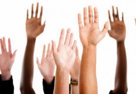 Elevii bihoreni, îndemnaţi să candideze la Consiliul Judeţean al Elevilor