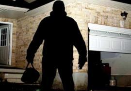 Preşedintele jefuit: Ce a furat un hoț prins de Poliție din garajul șefului CJ Bihor, Pásztor Sándor