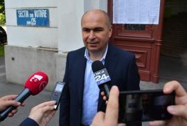 Bihorel: Zece observații despre Bolo TV