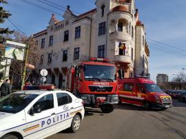 Incendiu la Baroul Bihor! Mai multe documente au luat foc în biroul unor avocați (FOTO / VIDEO)
