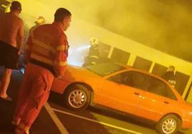 A ars BMW-ul şefului Poliţiei Rutiere Salonta! Mână criminală sau scurtcircuit?