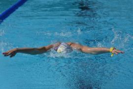 Cursurile de iniţiere şi perfecţionare în înot se reiau în Oradea, la bazinul Crişul. Poloiştii se vor antrena într-un bazin din aquapark