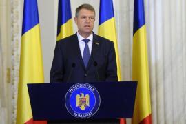 PSD, trimis la plimbare: Iohannis refuză orice schimbare de miniștri până după sărbătorile de Centenar