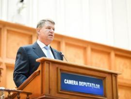 Iohannis în Parlament: Domnilor guvernanți, ascultați vocea românilor, nu mergeți mai departe cu legile justiției!