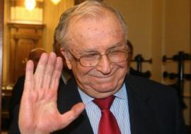 Fostul președinte Ion Iliescu a cerut urna mobilă la alegerile de duminică
