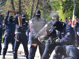 Jandarmii recrutează candidaţi pentru şcolile militare