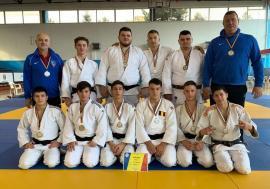 Echipa CSM Oradea a cucerit titlul de vicecampioană naţională de judo tineret (U23)