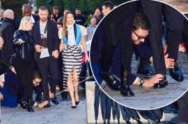 Justin Timberlake a fost atacat la Săptămâna Modei de la Paris (VIDEO)