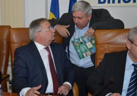 Sub sabia timpului: CJ Bihor se constituie 'de musai' parte civilă pentru trântelile fostului elnők Alexandru Kiss