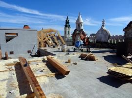 Acoperişul Palatului Episcopal Greco-Catolic din Oradea va fi finalizat până în iunie (FOTO)