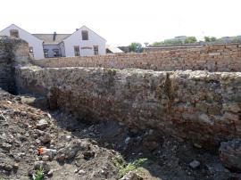 Muncă de-o vară. Zidurile Cetăţii Oradea au fost reabilitate în proporţie de 33% (FOTO)