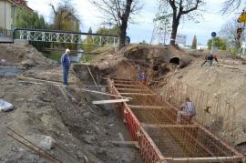 E de rău! Lucrările la podul din strada Universităţii s-ar putea prelungi până la jumătatea lunii decembrie (FOTO / VIDEO)