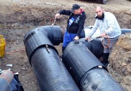 Reîntregirea reţelelor a fost finalizată. Termoficare furnizează apă caldă şi încălzire în parametri în Oradea şi Sînmartin
