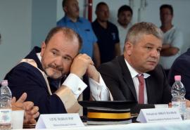 Rectorul Bungău îl trimite pe Bodog la Comisia de Etică, dar decanul Maghiar îl păstrează prodecan la FMF Oradea