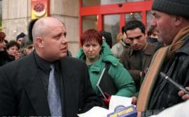 Un fost client al 'fabricii de diplome' de la Oradea, ajuns mahăr în Bucureşti, este trimis în judecată de DNA pentru înşelăciune