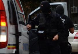 Percheziții DIICOT în Bihor, în cadrul unui dosar de trafic de droguri de mare risc