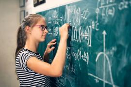 Te pregăteşti pentru Bac sau admiterea la facultate? Poţi participa la cursuri gratuite de matematică
