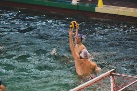Două victorii clare în debutul turneului de la Bucureşti, pentru CSM Oradea (FOTO)