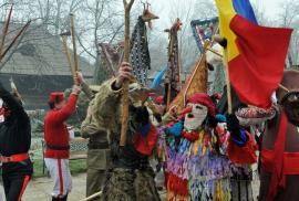 Mirajul occidentului: Colindătorii din alte județe au luat cu asalt Oradea, umblând cu cerșitul