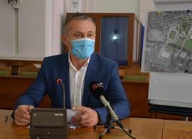 Upgrade de nevoie: Viceprimarul Mircea Mălan a trecut pe laptop, din cauză de... trăsnet