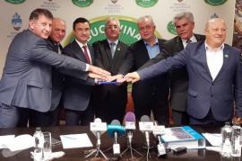 După vest, nord-estul! Şapte primari au înfiinţat asociaţia 'Moldova se dezvoltă'