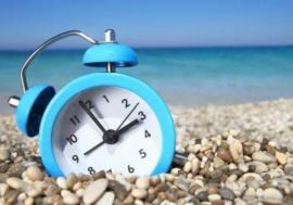 În weekend trecem la ora de vară. Ceasurile se dau înainte cu o oră