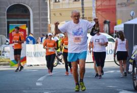 Oradea City Running Day: Alergători de toate vârstele au fugit pe străzile oraşului (FOTO/VIDEO)