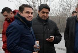 Gaşca lui Miluţ: Emilian Pavel şi-a adus 'prospături' în reţeaua de colaboratori