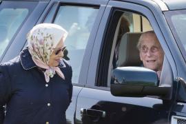 Prinţul Philip, în vârstă de 97 de ani, renunţă la permisul de conducere, după un accident
